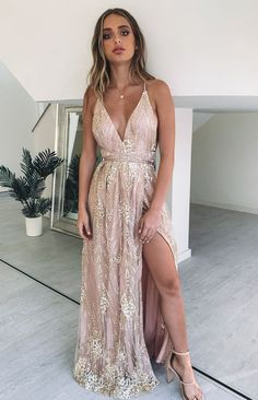 Madeline Formal Dress Rose Gold – Beginning Boutique Nude Formal Dresses, Spring Formal Dresses, Semi Formal Outfits, Formal Dress Shops, Gold Prom Dresses, Ball Dresses, Rose Gold Bridesmaid Dresses, Prom Dress Rose Gold, Rose Gold Long Dress