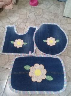 Baby Sewing Projects, Sewing Crafts, Bathroom Crafts, Techniques Couture, Denim Ideas, Old Jeans, Kids Rugs, Crafty, Crochet