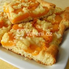 Vyzkoušejte snadný, přitom báječný meruňkový koláč. Czech Recipes, Ethnic Recipes, Desert Recipes, Food Hacks, Macaroni And Cheese, French Toast, Food And Drink, Sweets, Fruit