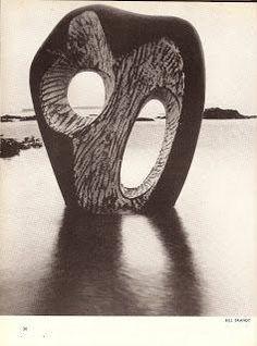 Abstract Sculpture, Sculpture Art, Abstract Art, Pottery Sculpture, Garden Sculpture, Sculptures Céramiques, Barbara Hepworth, Stone Sculpture, Photomontage
