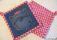 Denim & Red Gingham Hot Pads Set of Two by GrannysRecycledRags Jean Crafts, Denim Crafts, Hot Pads, Quilting Projects, Sewing Projects, Fabric Crafts, Sewing Crafts, Artisanats Denim, Sewing Jeans