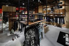 Puma premium store by Plajer & Franz Studio, Osaka Japan store design