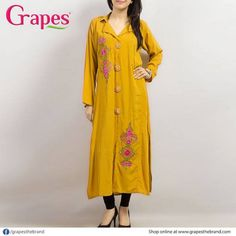 Best Fashion Designing Islamabad Provide Online Dress Designed Company in Pakistan.Provide Online Services in Worldwide. Pakistani Casual Wear, Simple Pakistani Dresses, Pakistani Outfits, Indian Dresses, Pakistani Long Kurtis, Casual Summer Dresses, Nice Dresses, Awesome Dresses, Kurta Designs