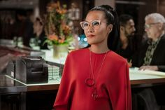 You can watch her rock even more pairs of huge glasses on Always Be My Maybe. This Glasses Hack Confirms Ali Wong Is A Genius Ali Wong Glasses, New Netflix Movies, Big And Tall Stores, Asian American, Friends Mom, Matthew Mcconaughey, Hollywood Actor, Keanu Reeves, Always Be