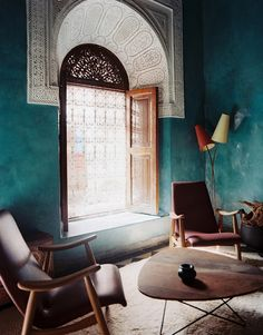 riad el fenn in marrakech with teal walls! from lonny magazine Home Interior, Interior Architecture, Interior And Exterior, Interior Design, Islamic Architecture, Kitchen Interior, Modern Interior, Style At Home, Moroccan Interiors