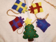 Handmade Felt Christmas Tree and Present by PurpleRibbonShop, $20.00
