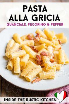 Italian Pasta Recipes Authentic, Italian Pasta Dishes, Italian Dinner Recipes, Italian Cooking, Italian Risotto Recipe, Risotto Recipes, Italian Stew, Pasta Shapes