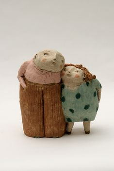 de anne-sophie gilloen Another great and whimsical ceramic sculpture by this interesting artist.