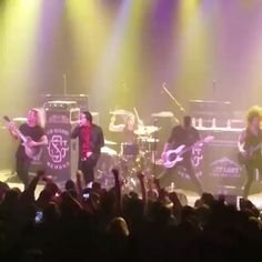 Palaye Royale, White Noise, Chunk! No, Captain Chunk!, Get Scared & I See Stars performed on Sunday at Gramercy Theatre