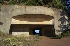 [Image: Marin Bunker by Ron's Log].My wife and I went out to the Marin Headlands yesterday, on a beautiful if windy October afternoon, to hike through the earthquake-prone hills of an upraise…