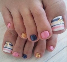 I am unfolding before you 12 + summer themed toe nail art designs, ideas, trends & stickers of I hope you would seek ideas and make such floral designs on your toe nails. Fancy Nails, Love Nails, How To Do Nails, Pink Nails, Gel Nails, Gel Toes, Crazy Nails, Shellac, White Nails