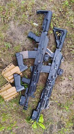 Training class instructors D&Y guns Airsoft Guns, Weapons Guns, Guns And Ammo, Assault Weapon, Assault Rifle, Tactical Ak, Firearms, Shotguns, Battle Rifle