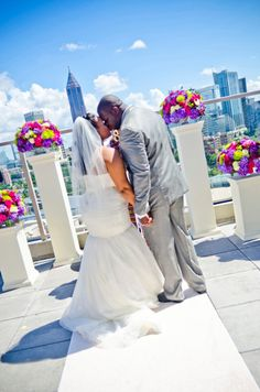 Vince and Linnea had a cheery and elegant summer wedding at Ventanas in Atlanta. See their photos here!