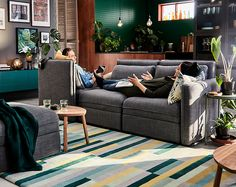 This grey VALLENTUNA modular sofa shows how you can get the perfect sofa combination for your space.