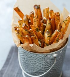 Homemade French Fries with Fresh Garlic and Dill | 12 Tasty French Fries Recipes You Won't Forget, check it out at http://homemaderecipes.com/french-fries-recipes/