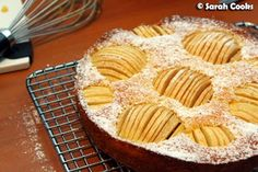 An Apfelkuchen, sehr fein, is a classic family-style German cake. Sliced apple halves, just held together by a vanilla-scented, buttery . German Cake, Apple Slices, Apple Cake, Custard, Fruits And Vegetables, Vanilla, Pie, Dishes, Baking