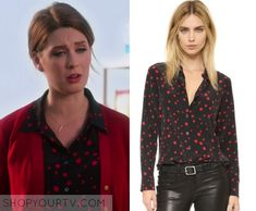 """Great News: Season 1 Episode 7 Katie's Black/Red Star Shirt 