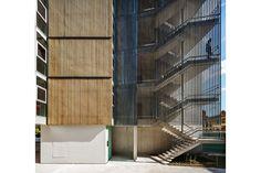 Edifício de apartamentos em Lugano - Lugano, Suíça / SPBR ARQUITETOS