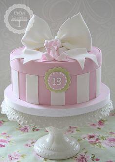 Stripe and Bow Box Cake Gorgeous Cakes, Pretty Cakes, Cute Cakes, Amazing Cakes, Hat Box Cake, Gift Box Cakes, Gift Cake, Girly Cakes, Fancy Cakes