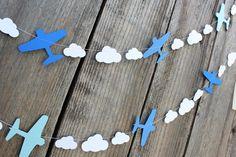 Guirlande en papier avion et les nuages custom par 1PixiePlace