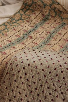 Antique French pique quilt from Provence that dates c.1820