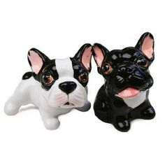 Frenchie salt and pepper shakers!