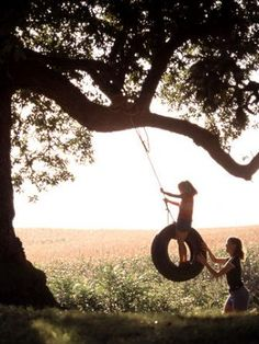 old tire swing, making mud pies and playing jump rope and hop scotch Country Life, Country Girls, Country Living, Dream Life, My Dream, Locuciones Latinas, Farm Life, Life Is Good, Summertime