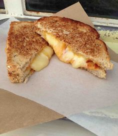 Grahamwich Grilled Cheese with Tomato Marmalade