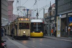Triebwagen 5984 vom Typ T24/49 und Bombardier Flexity Berlin (4026) stehen nebeneinander am Alexanderplatz 11.11.2014.