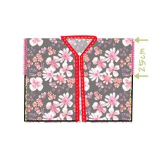 Tuto comment faire un kimono en 15 mn chrono. Kimono Diy, Boho Kimono, Kimono Fashion, Diy Fashion, Sewing Hacks, Sewing Projects, Sewing Tips, Japanese Bag, Diy Tops
