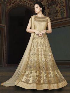 Looking to buy Anarkali online? ✓ Buy the latest designer Anarkali suits at Lashkaraa, with a variety of long Anarkali suits, party wear & Anarkali dresses! Robe Anarkali, Costumes Anarkali, Anarkali Suits, Lehenga, Lehnga Dress, Sabyasachi, Pakistani Wedding Dresses, Indian Dresses, Indian Outfits