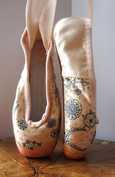 Mehndi Pointe Shoes Hand Dyed and painted by KiteFlyerArt on Etsy, $90.00
