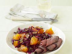 Probieren Sie das leckere Roastbeef mit Kaki-Rotkohl-Salat von EAT SMARTER oder eines unserer anderen gesunden Rezepte!