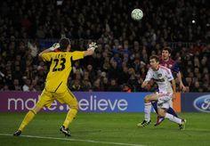 Lionel Messi: 26 años, 26 momentos | Los 5 goles ante el Bayern Leverkusen (marzo 2012). | Primer jugador en convertir 5 goles en un solo partido de Champions League.