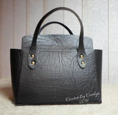 Another stunning Tonic Kensington bag made by Carolyn Shellard using fleather.