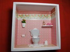 Quadro de banheiro ou lavabo tipo nicho, feito em madeira MDF, pintado com tinta PVA,miniaturas de porcelana e madeira pintada.Quadro encerado e com vidro de proteção. R$ 50,00