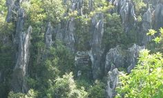 Hanging coffins Site (Sagada, mt. Province... Philippines)