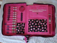How much do you love it? Interchangeable needle case; link to tutorial.  Diese und weitere Taschen auf www.designertaschen-shops.de entdecken