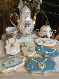 Vintage Jewelry | Cookie Connection