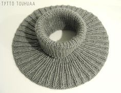 Tyttö touhuaa: Kauluri siskolle Knit Or Crochet, Crochet Scarves, Baby Knitting Patterns, Neck Warmer, Knitting Projects, Cowl, Mini, Embroidery, Hats