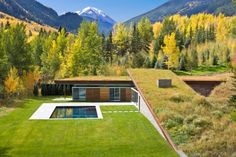green roof on House in the Mountains, Colorado / GLUCK AIA Housing Awards Announced) Architecture Design, Green Architecture, Residential Architecture, Amazing Architecture, Landscape Architecture, Architecture Today, Creative Architecture, Architecture Awards, Sustainable Architecture