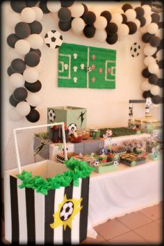 Soccer Birthday Parties, Football Birthday, Soccer Party, Soccer Baby Showers, Soccer Decor, Soccer Banquet, Birthday Activities, Backdrops For Parties, Holiday Parties