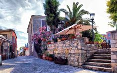 Your itinerary; Halkidiki (part Halkidiki Greece, Unique Architecture, Thessaloniki, Wanderlust Travel, Mykonos, Places To See, Scenery, Villa, Airport Transportation