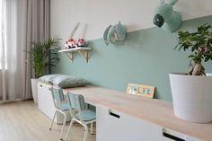 Cute desk and wall decoration for girls - Kinderzimmer Ideen - Kids Bedroom, Bedroom Decor, Childrens Bedroom, Bedroom Colors, Girl Desk, Girls Room Desk, Deco Kids, Cute Desk, Ikea Wall