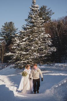 Muskoka Winter Wedding Bride & Groom couples portraits at Trillium Resort & Spa