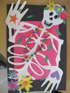 Name Skeletons: Art for Dia de Los Muertos - Day of the Dead cursive name skeletons calaveras lesson with Jose Guadalupe Posada cut paper, collage Halloween Art Projects, Fall Art Projects, Classroom Art Projects, School Art Projects, Art Classroom, Art Plastique Halloween, Classe D'art, 6th Grade Art, Day Of The Dead Art