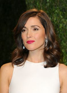 Rose Byrne Even though the lob is typically considered a casual hairdo, Rose Bryne made it a more formal look with a few brushed-out curls.