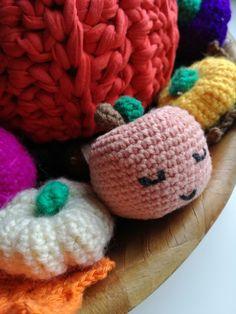 Crochet apple and pumkins. Jabłko i dynie na szydełku. Made by asio