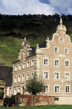 Weingüter Mönchhof & Joh. Jos. Christoffel Erben
