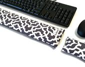 Keyboard Pad Mouse Pad - with removable washable cover - Ergonomic Wrist Rest Heat Pack - wrist support- computer accessory - Desk Accessory